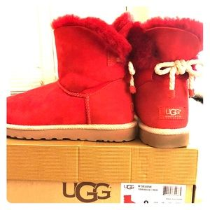 UGG (Authentic) Woman's Selene Boot, Red